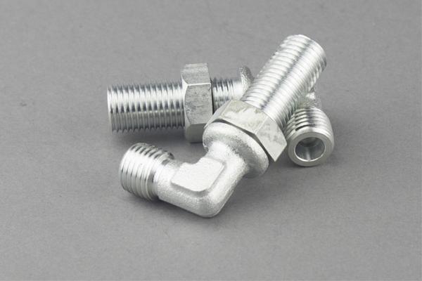 Metrické kabelové konektory